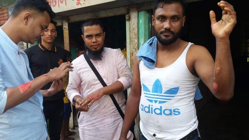জগন্নাথপুর -পাগলা সড়কে মোটরসাইকেল দুর্ঘটনায় ৪ জন আহত